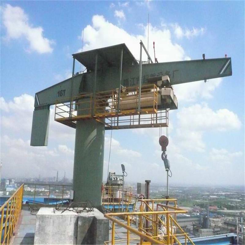 16吨柱式旋臂起重机BZC-1(为宝钢供应的超大规格的柱吊H=70-80m)