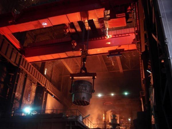 冶金行业起重机——江苏宝威起重