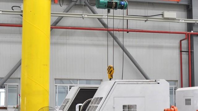 怎样能够购买到合适的悬臂吊起重机?