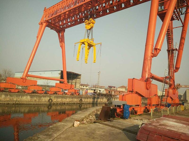江苏宝威起重-如何选择几十吨以上的起重机