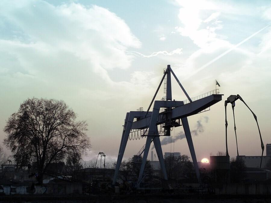 石油天然气行业起重机——江苏宝威起重