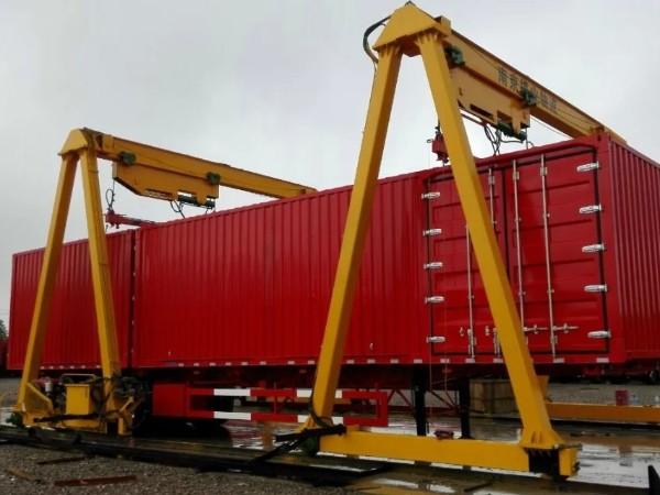 港口运输行业起重机