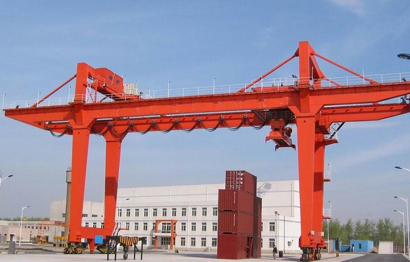 江苏宝威起重-门式/龙门起重机的结构特点和使用环境