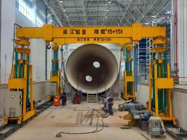 祝贺我司为西飞集团提供的两台液压龙门吊顺利完成